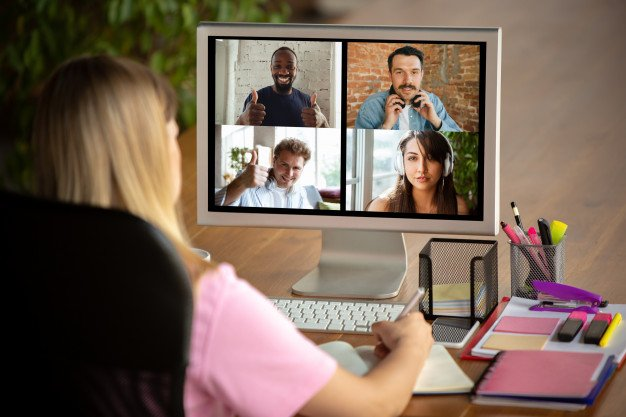 The Best 14 Virtual Meeting Platforms For Modern Businesses