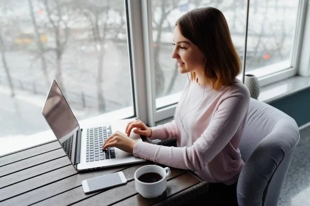 5 Ways to Stay Connected While Working From Home or Remotely